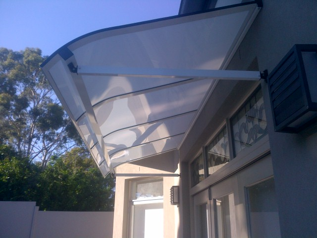 bullnosed-window-awning-sydney.jpg.jpg