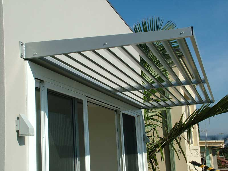 sydney-aluminium-cantilevered-awnings.jpg