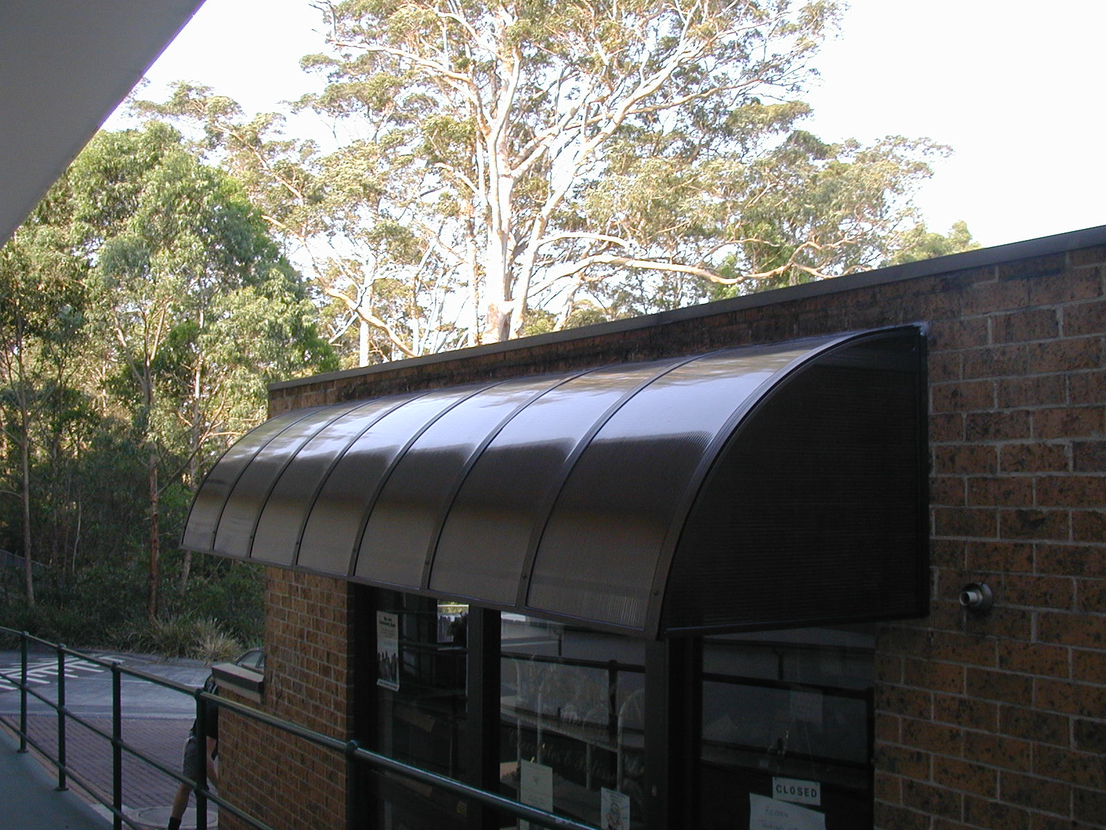 domas-window-awnings.jpg